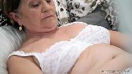 Porno videos de uma coroa bem safada fodendo com seu neto