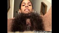 Bucetão cabeludo da novinha amadora