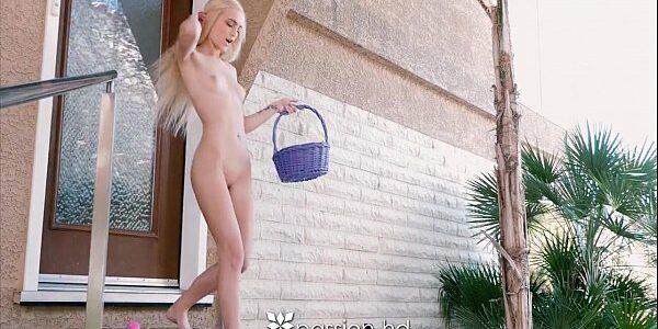 Buseta grande e gostosa da menina loirinha que mete com prazer
